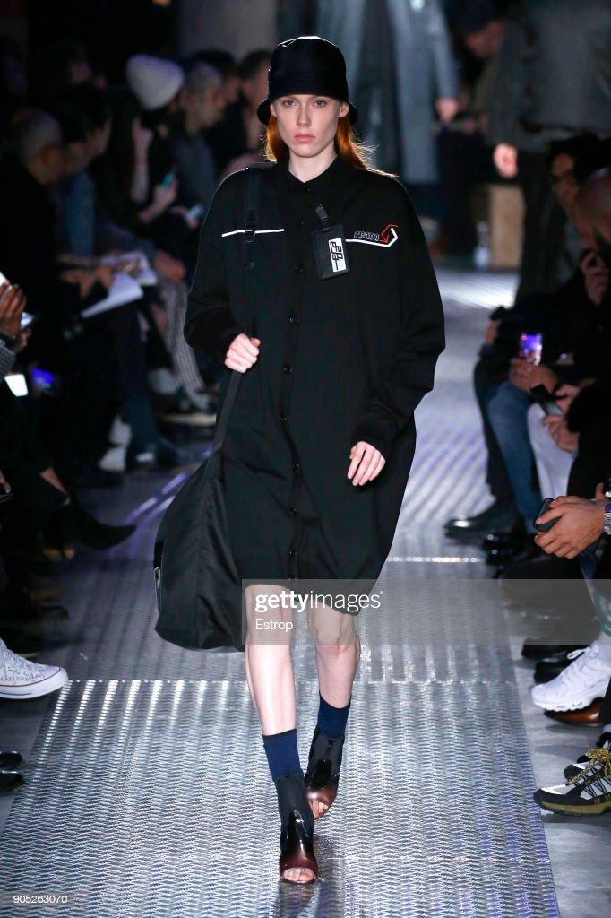 Prada - Runway - Milan Men's Fashion Week Fall/Winter 2018/19 : Nachrichtenfoto