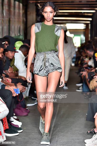 A model walks the runway at the Public School Ready to Wear Spring/Summer 2018 fashion show during New York Fashion Week on September 10 2017 in New...
