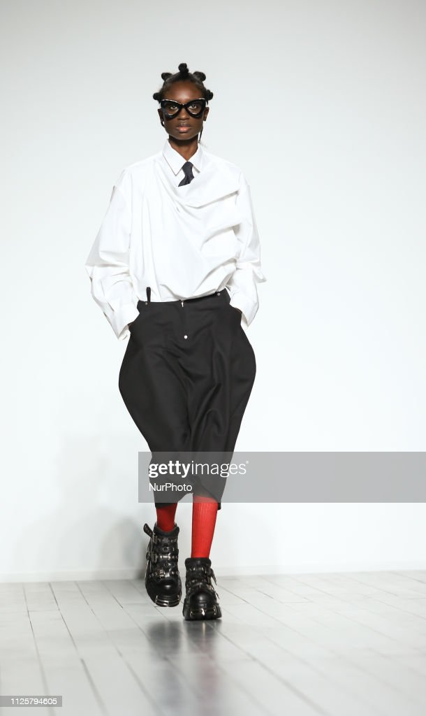 GBR: Push Botton – Runway – LFW February 2019