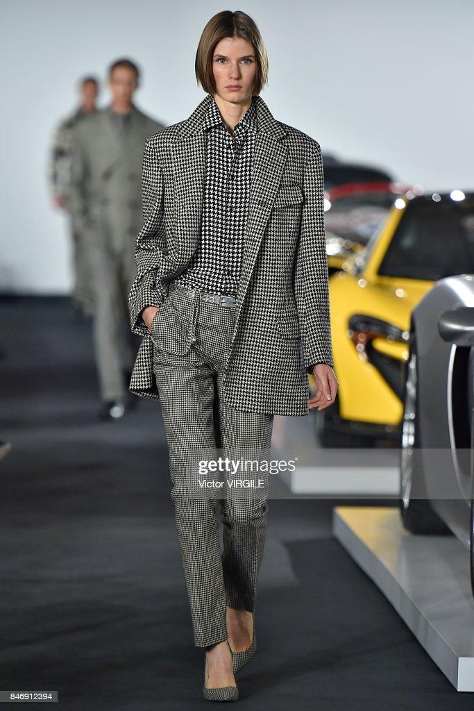 Ralph Lauren - Runway - September 2017 - New York Fashion Week : ニュース写真