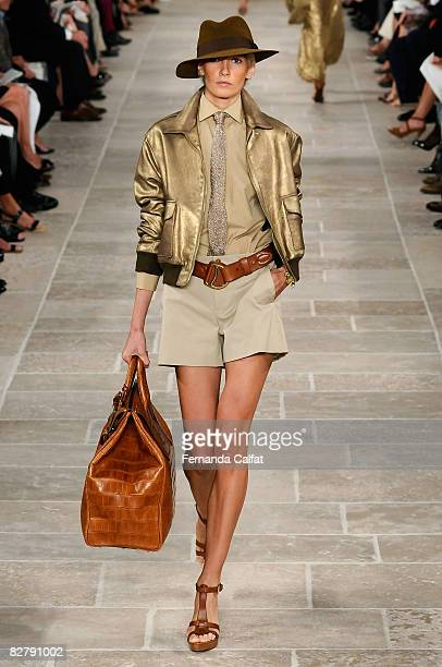 A model walks the runway at the Ralph Lauren Spring 2009 fashion show during MercedesBenz Fashion Week at Skylight Studio on September 12 2008 in New...