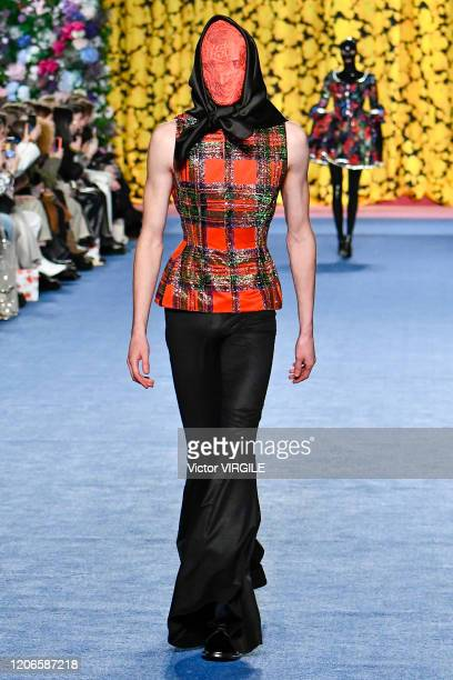 A model walks the runway at the Richard Quinn Ready to Wear Fall/Winter 20202021 fashion show during London Fashion Week on February 15 2020 in...