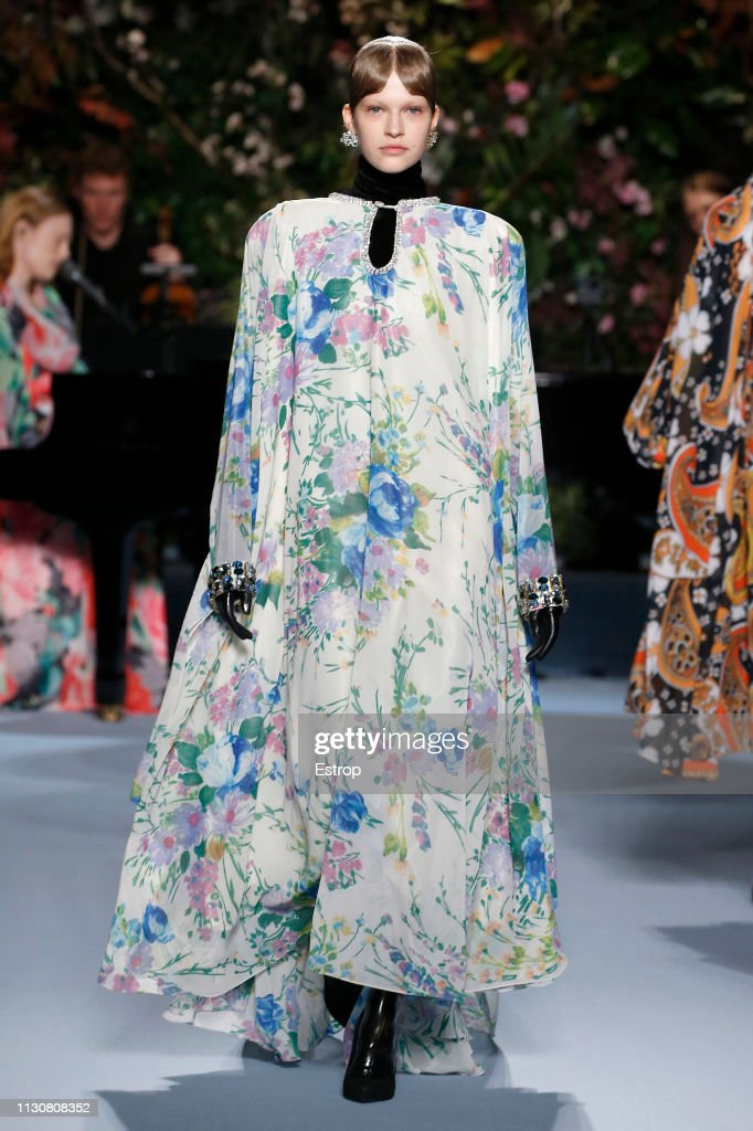 Richard Quinn - Runway - LFW February 2019 : News Photo