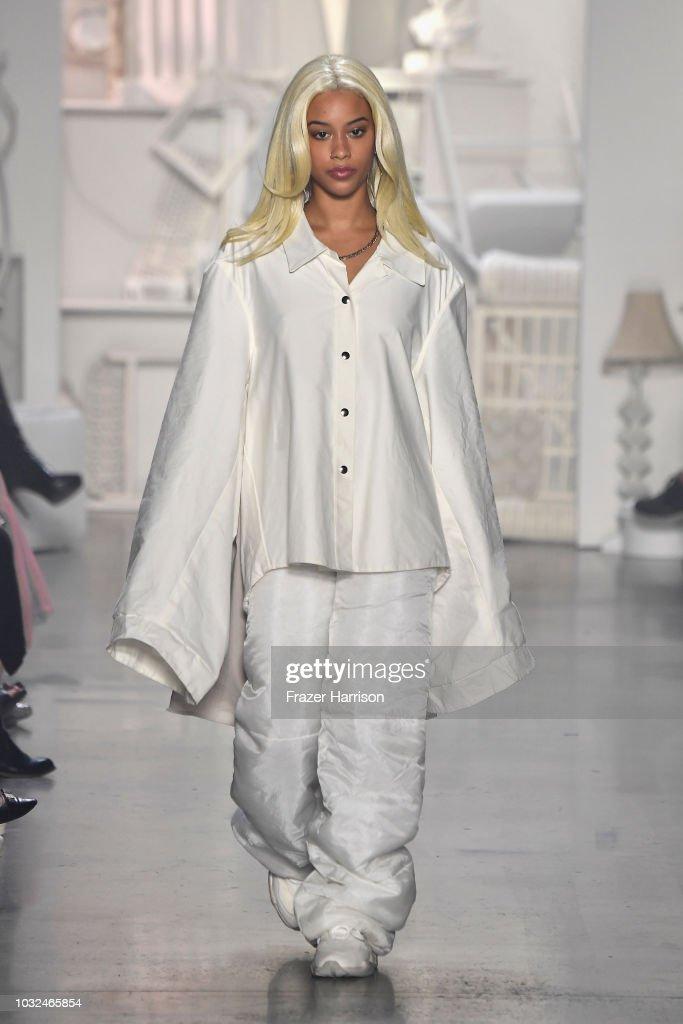 RISD - Runway - September 2018 - New York Fashion Week: The Shows : News Photo