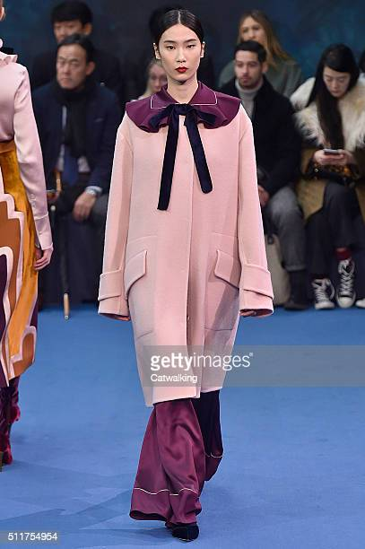 A model walks the runway at the Roksanda Autumn Winter 2016 fashion show during London Fashion Week on February 22 2016 in London United Kingdom