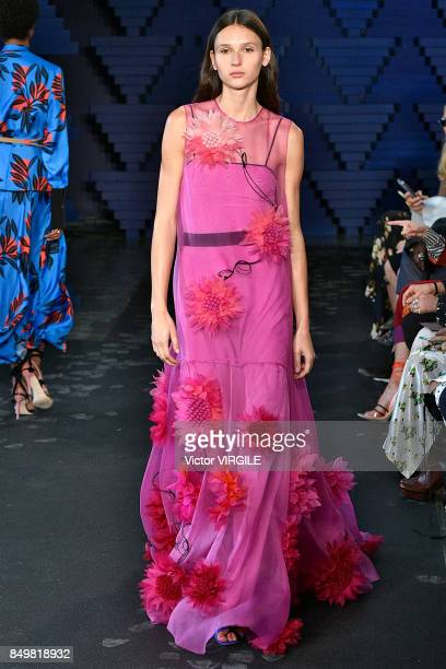 A model walks the runway at the Roksanda Ready to Wear Spring/Summer 2018 fashion show during London Fashion Week September 2017 on September 18 2017...
