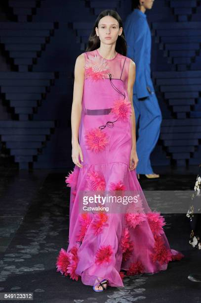 A model walks the runway at the Roksanda Spring Summer 2018 fashion show during London Fashion Week on September 18 2017 in London United Kingdom