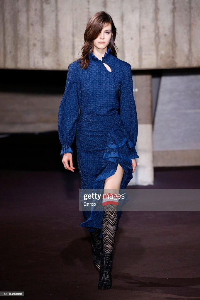 Roland Mouret - Runway - LFW February 2018