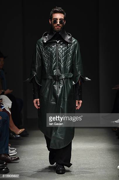 Model walks the runway at the Safak Tokur show during the Mercedes-Benz Fashion Week Istanbul Autumn/Winter 2016 at Zorlu Center on March 16, 2016 in...