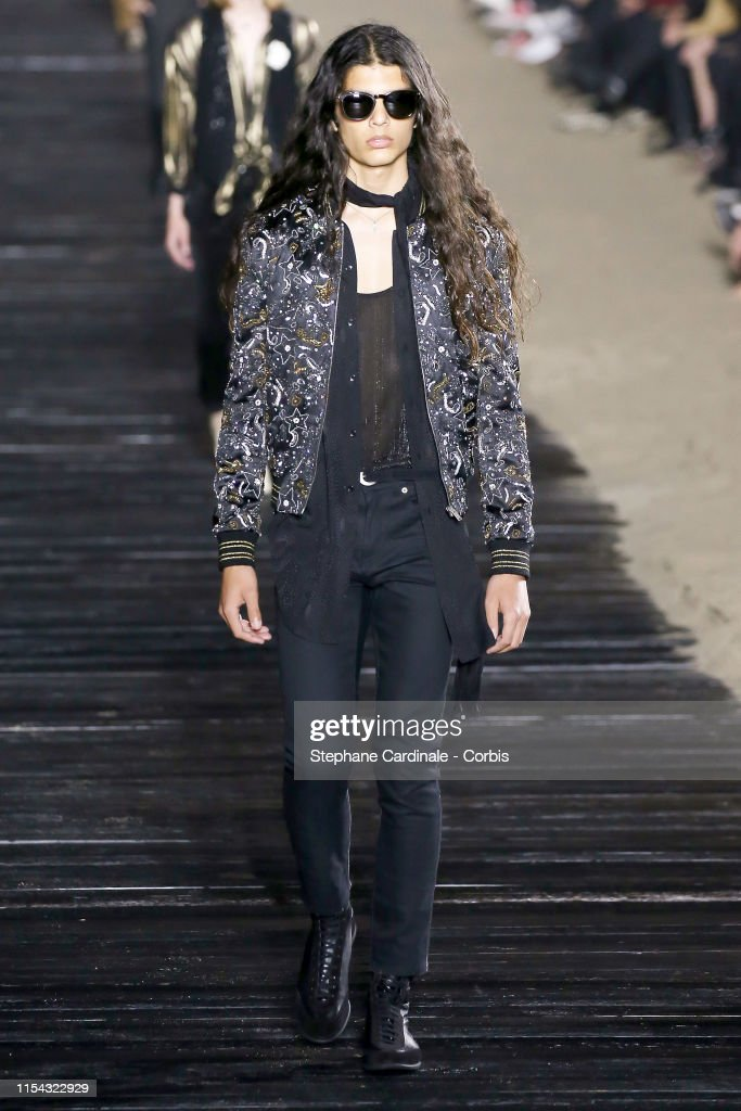Saint Laurent Mens Spring Summer 20 Show - Runway : ニュース写真