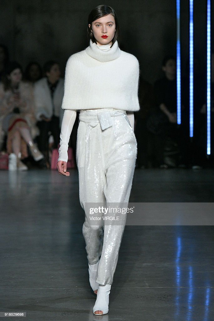 Sally LaPointe - Runway - February 2018 - New York Fashion Week : News Photo