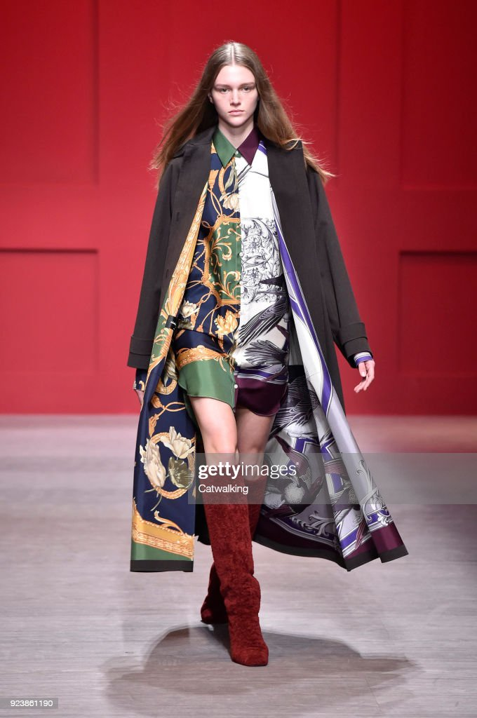 Salvatore Ferragamo - Runway RTW - Fall 2018 - Milan Fashion Week