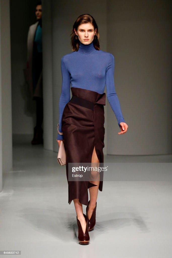 Salvatore Ferragamo - Runway - Milan Fashion Week Fall/Winter 2017/18 : News Photo