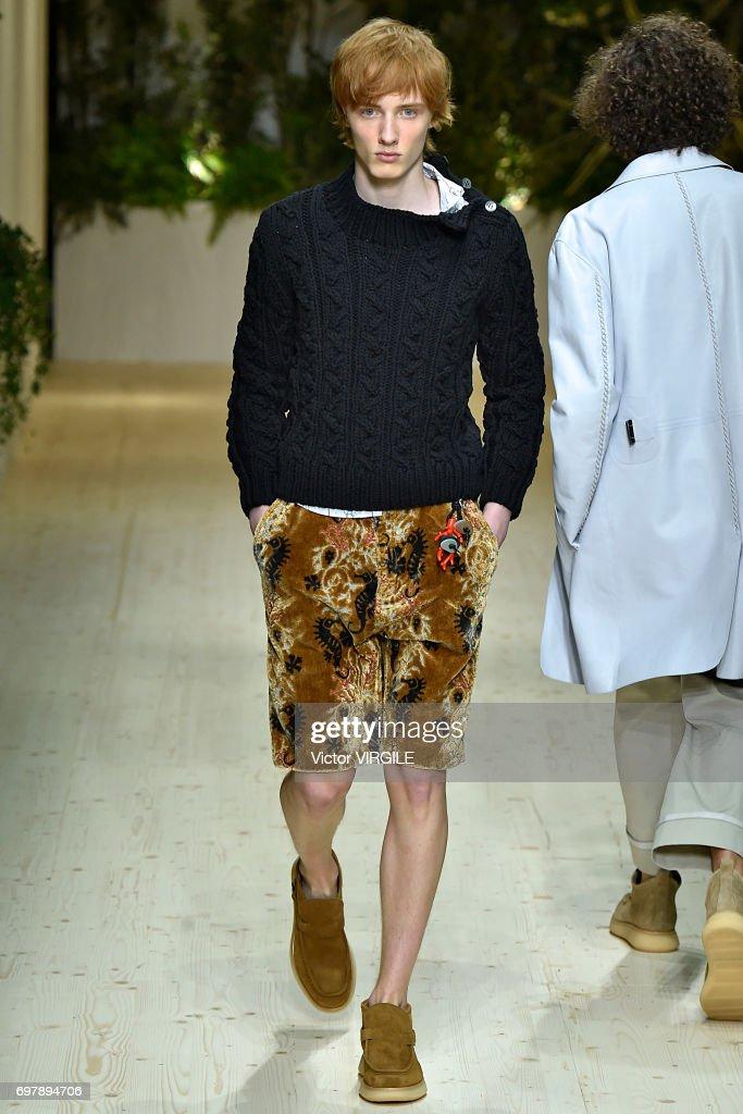 Salvatore Ferragamo - Runway - Milan Men's Fashion Week Spring/Summer 2018 : ニュース写真