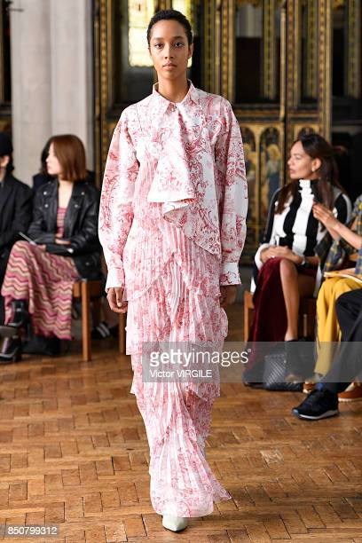 A model walks the runway at the Sharon Wauchob Ready to Wear Spring/Summer 2018 fashion show during London Fashion Week September 2017 on September...