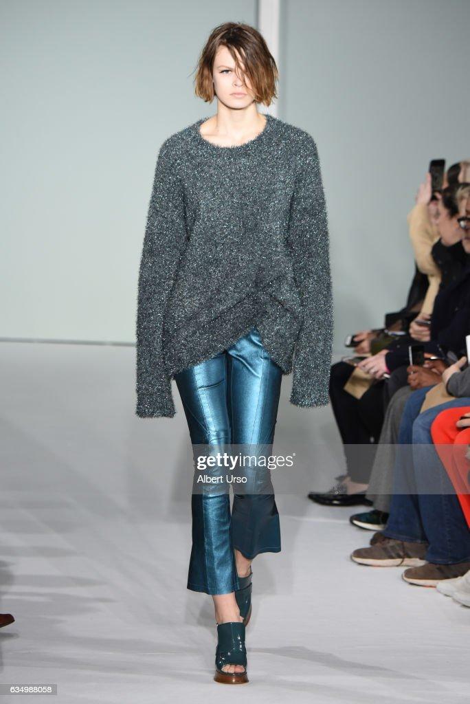 Sies Marjan - Runway - February 2017 - New York Fashion Week : News Photo