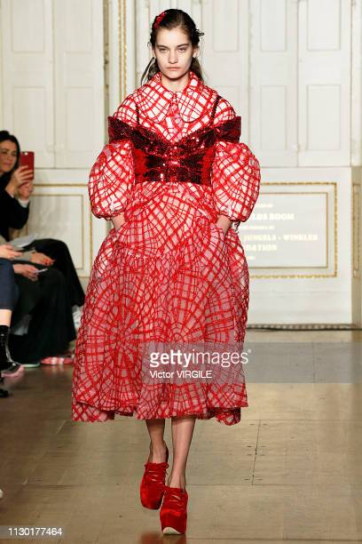 A model walks the runway at the Simone Rocha Ready to Wear Fall/Winter 20192020 fashion show during London Fashion Week February 2019 on February 16...