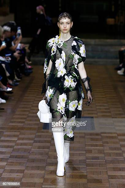 A model walks the runway at the Simone Rocha show during London Fashion Week Spring/Summer collections 2017 on September 17 2016 in London United...