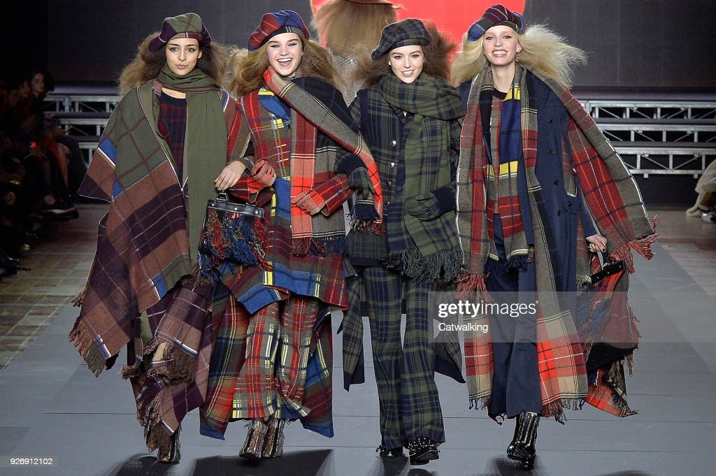 8d9ee22c725 Sonia Rykiel - Runway RTW - Fall 2018 - Paris Fashion Week : News Photo