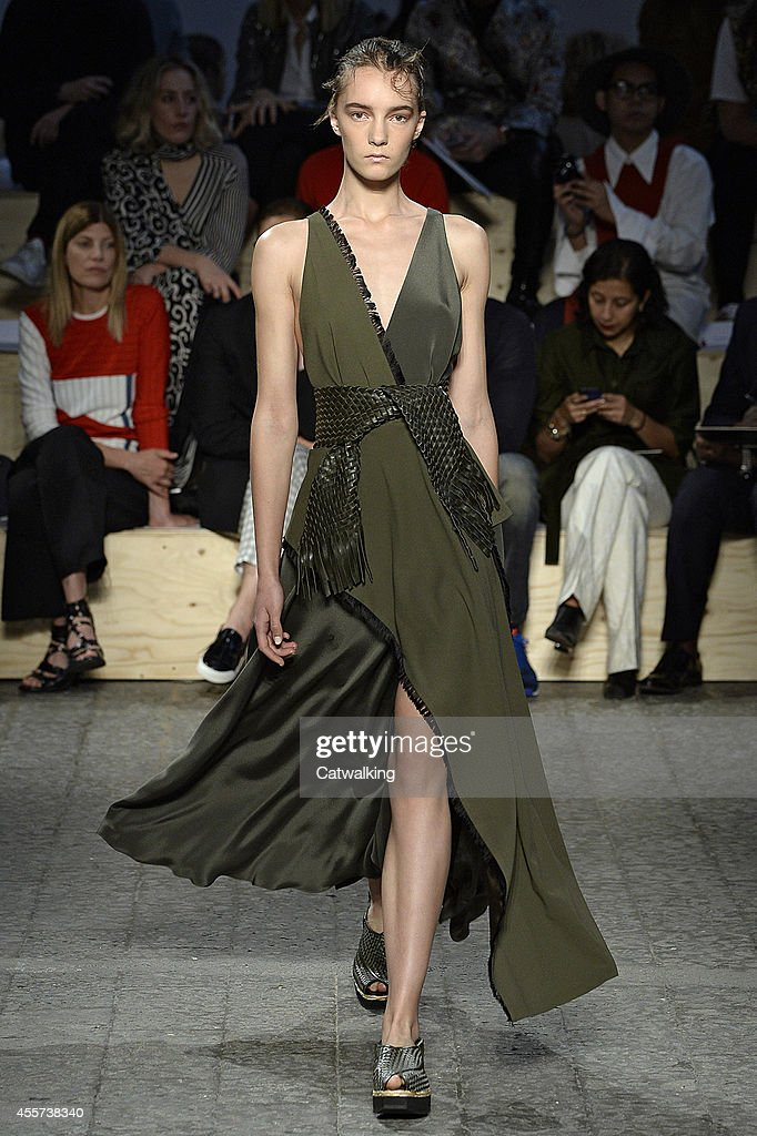 a508d7c300 A model walks the runway at the Sportmax Spring Summer 2015 fashion ...