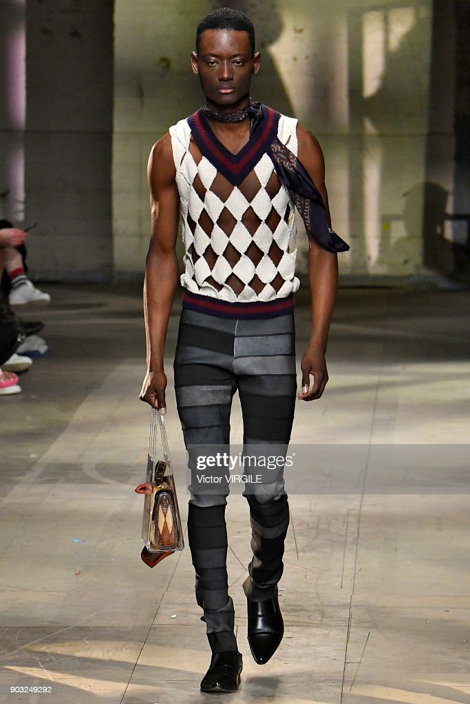 Stefan Cooke For MAN - Runway - LFWM January 2018 : ニュース写真