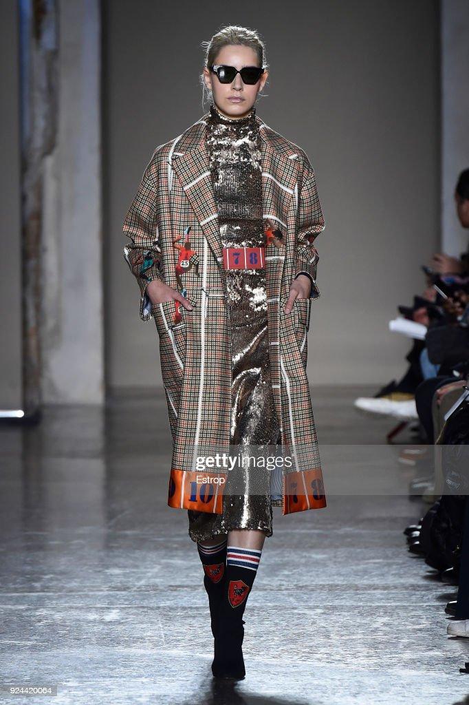 Stella Jean - Runway - Milan Fashion Week Fall/Winter 2018/19 : ニュース写真