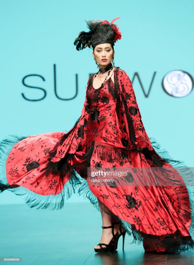Sue Wong Award Show & Retrospect Runway Extravaganza