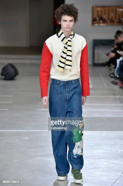 A model walks the runway at the Sunnei Autumn Winter 2018 fashion show during Milan Menswear Fashion Week on January 14 2018 in Milan Italy