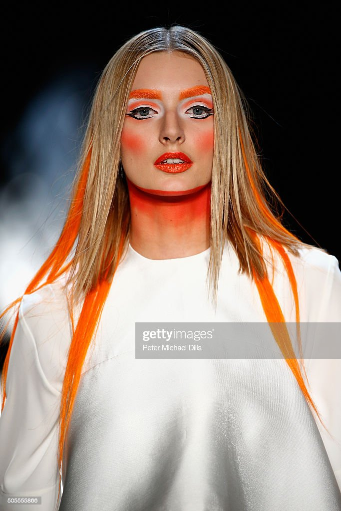 The Power Of Colors - MAYBELLINE New York Make-Up Runway Show - Mercedes-Benz Fashion Week Berlin Autumn/Winter 2016 : News Photo