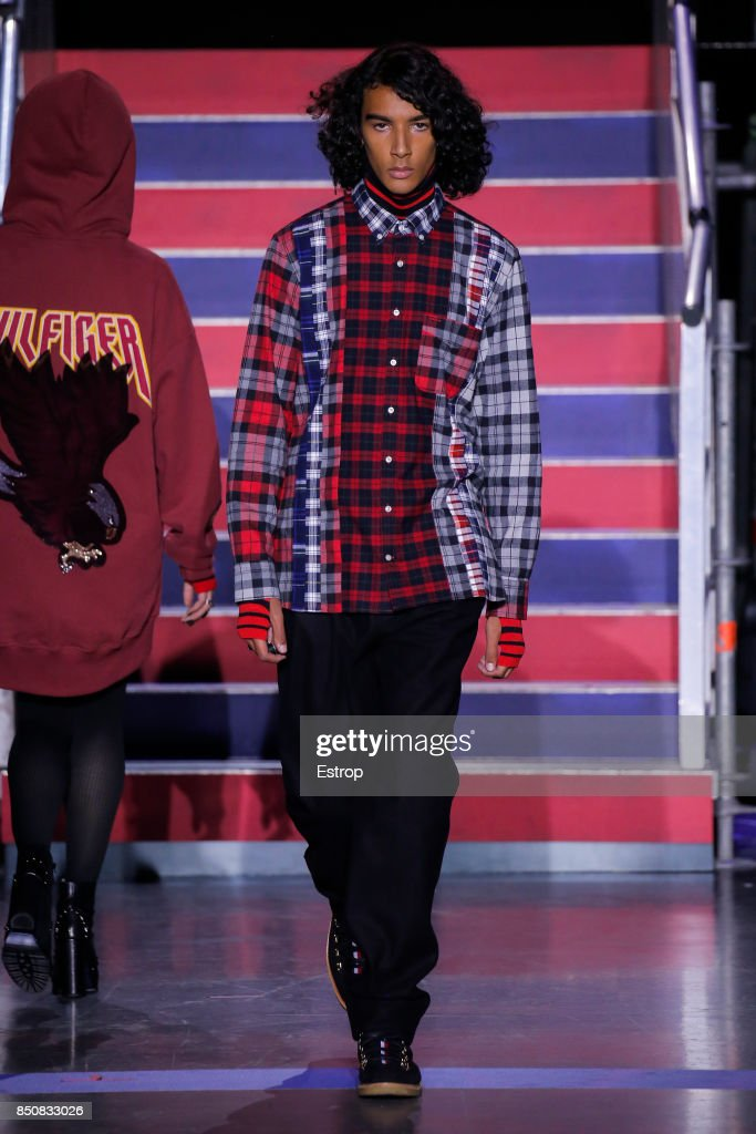 Tommy Hilfiger - Runway - LFW September 2017 : ニュース写真