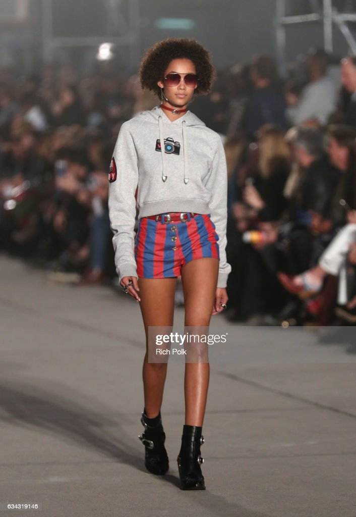 TommyLand Tommy Hilfiger Spring 2017 Fashion Show - Runway : News Photo