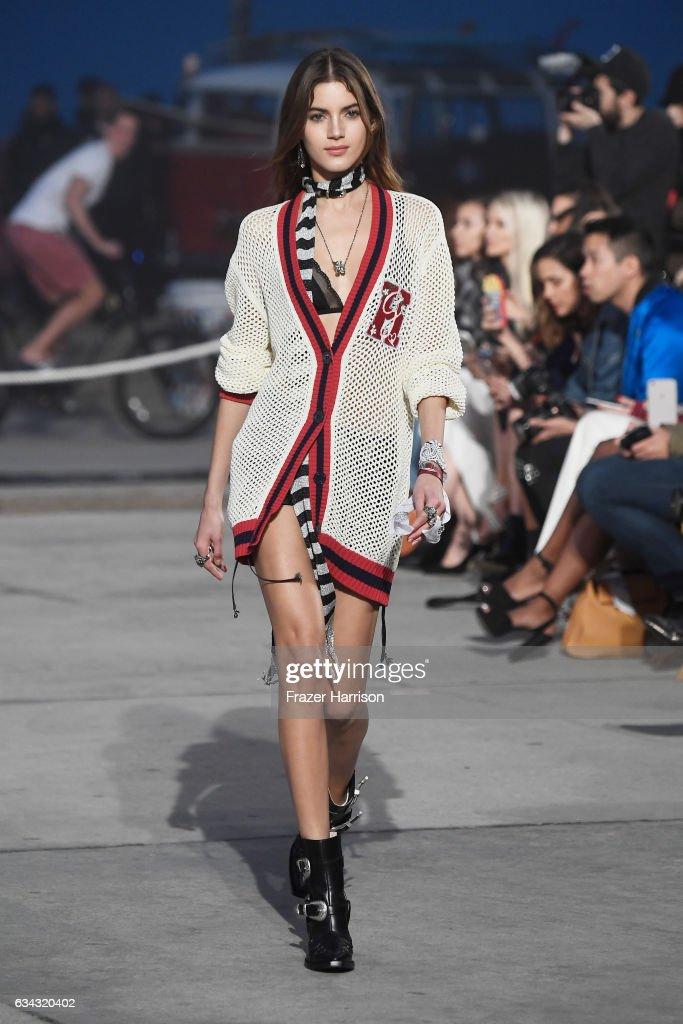 TommyLand Tommy Hilfiger Spring 2017 Fashion Show - Runway : News Photo