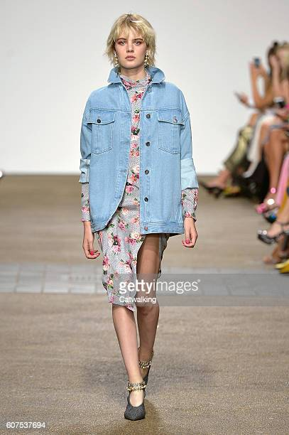 Model walks the runway at the Topshop Unique Spring Summer 2017 fashion show during London Fashion Week on September 18, 2016 in London, United...