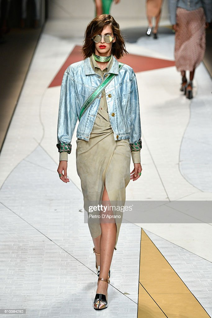 Trussardi - Runway - Milan Fashion Week SS17 : News Photo