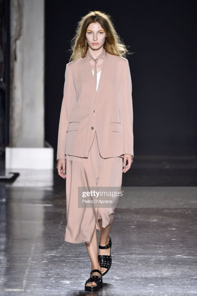 Ujoh - Runway - Milan Fashion Week Spring/Summer 2019
