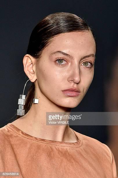 A model walks the runway at the Uma Raquel Dawidowicz fashion show during the Sao Paulo Fashion Week Spring/Summer 20162017 on April 25 2016 in Sao...
