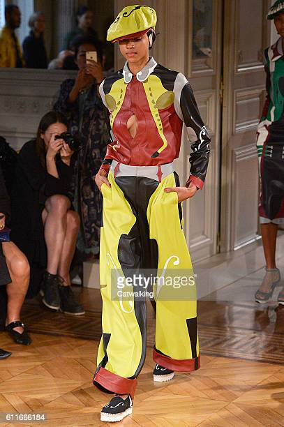 Model walks the runway at the Undercover Spring Summer 2017 fashion show during Paris Fashion Week on September 30, 2016 in Paris, France.