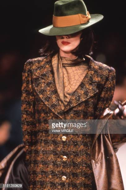A model walks the runway at the Ungaro Ready to Wear Fall/Winter 19911992 fashion show during the Paris Fashion Week in March 1991 in Paris France