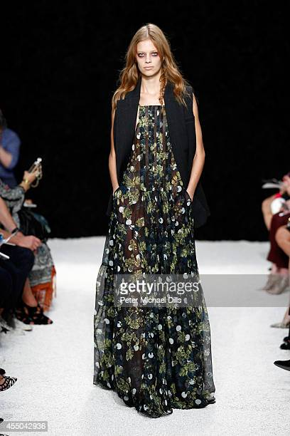 A model walks the runway at the Vera Wang Collection fashion show during MercedesBenz Fashion Week Spring 2015 on September 9 2014 in New York City