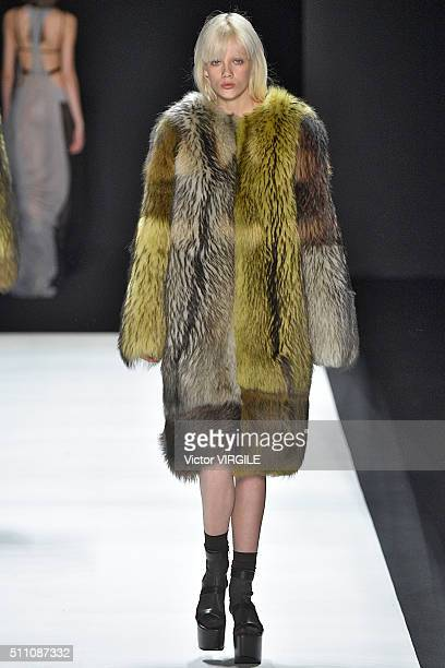 A model walks the runway at the Vera Wang Fall/Winter 2016 fashion show during New York Fashion Week on February 16 2016 in New York City
