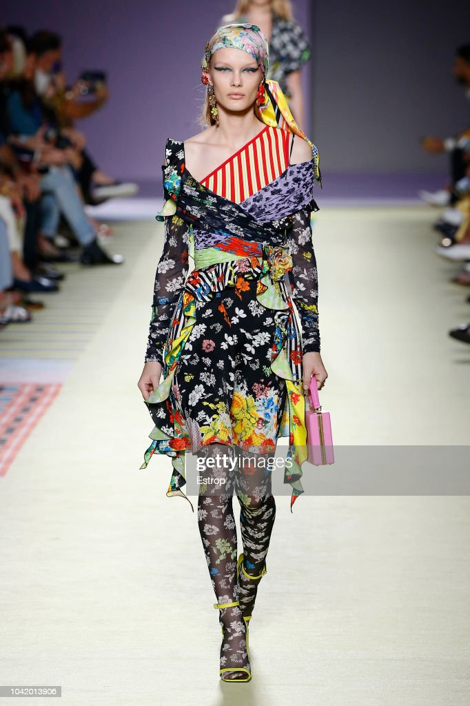 Versace - Runway - Milan Fashion Week Spring/Summer 2019 : ニュース写真