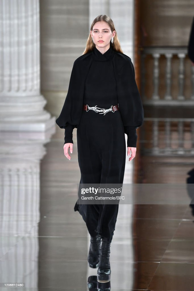 Victoria Beckham - Runway - LFW February 2020 : News Photo