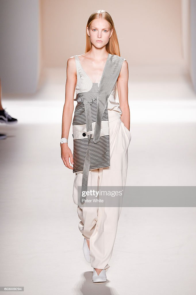 A model walks the runway at the Victoria Beckham Women's Fashion Show during New York Fashion Week on September 11, 2016 in New York City.