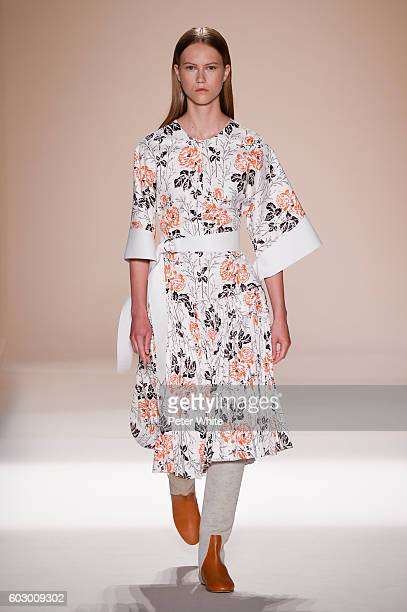 A model walks the runway at the Victoria Beckham Women's Fashion Show during New York Fashion Week on September 11 2016 in New York City