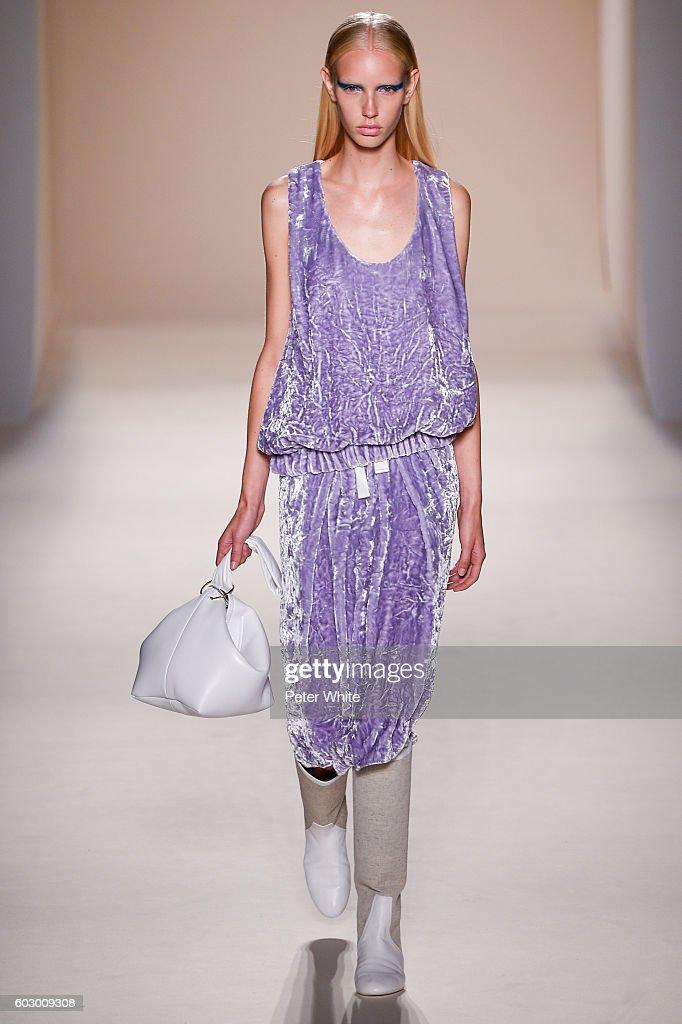 Encantador Vestidos De Novia Victor Beckham Imágenes - Ideas para el ...