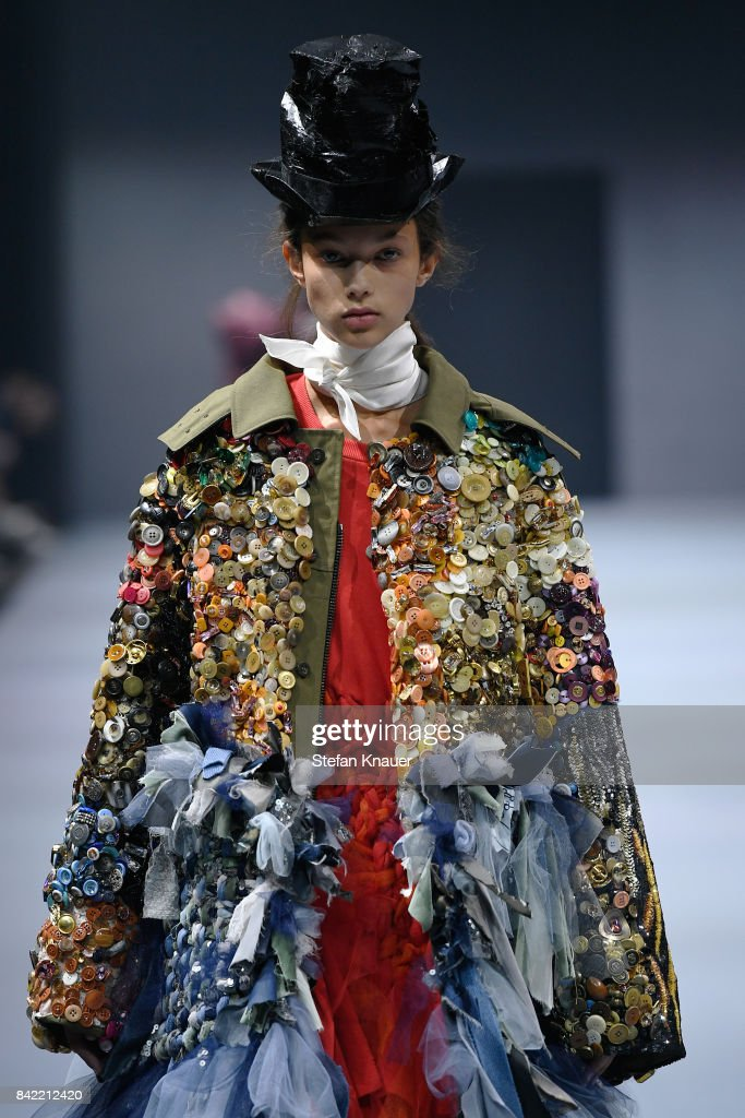 Viktor & Rolf Show - Bread & Butter by Zalando 2017 : News Photo