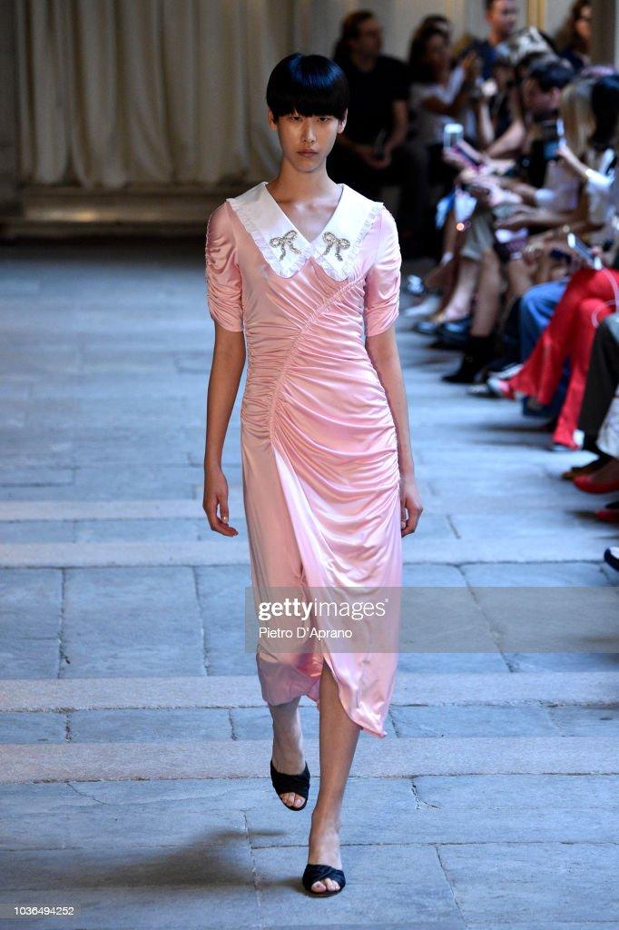 Vivetta - Runway - Milan Fashion Week Spring/Summer 2019 : ニュース写真