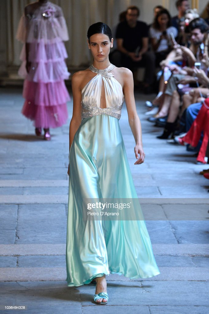 Vivetta - Runway - Milan Fashion Week Spring/Summer 2019 : Fotografia de notícias