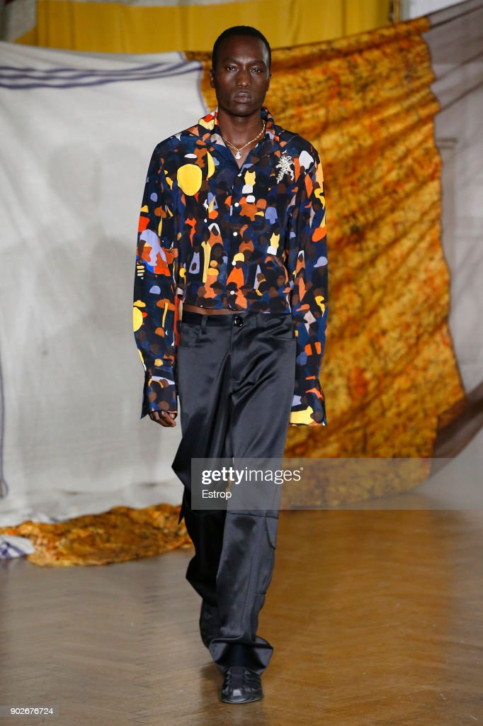 WALES BONNER - Runway - LFWM January 2018 : ニュース写真