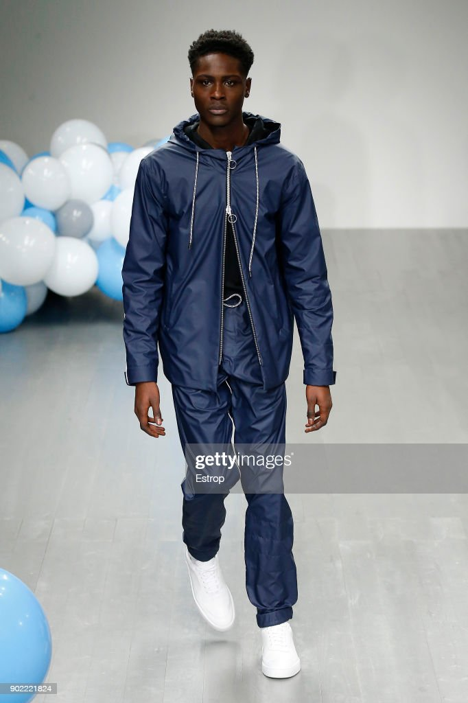 What We Wear - Runway - LFWM January 2018 : Nachrichtenfoto